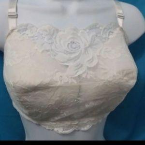 Other - NWT instantShaping white camisole bra sz 38C